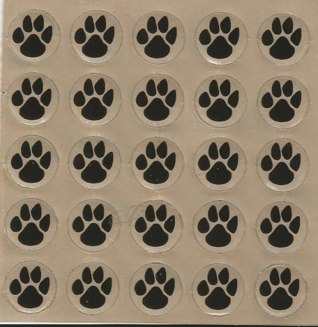 25 Dog Paws Award Decals 1/2""